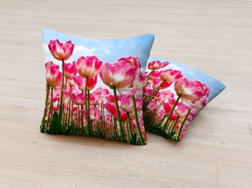 Фотоподушка Высокие тюльпаны