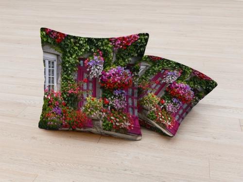 Фотоподушка Дом в цветах