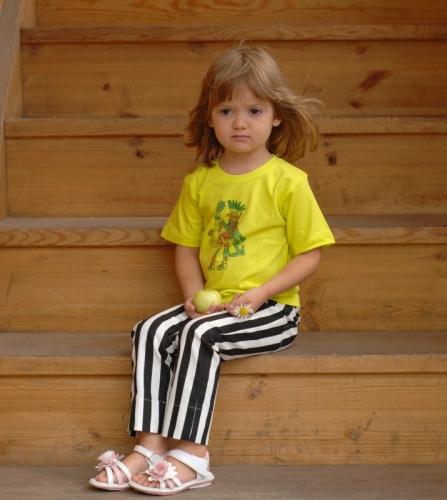 Черно-белые полосатые брюки детские