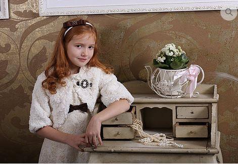 Жакет меховой для девочки М-227 молочный - копия