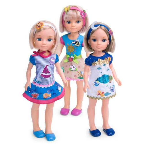 Кукла Нэнси с короткой стрижкой (3 в ассорт.) + модные наклейки