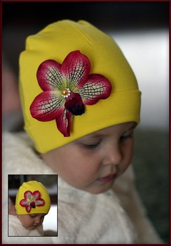 Тонкая повязка на голову Красная Ванда