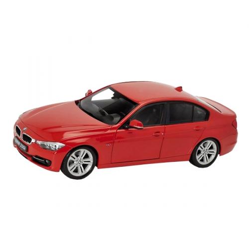 Коллекционная модель машины BMW 335 1:24 24039